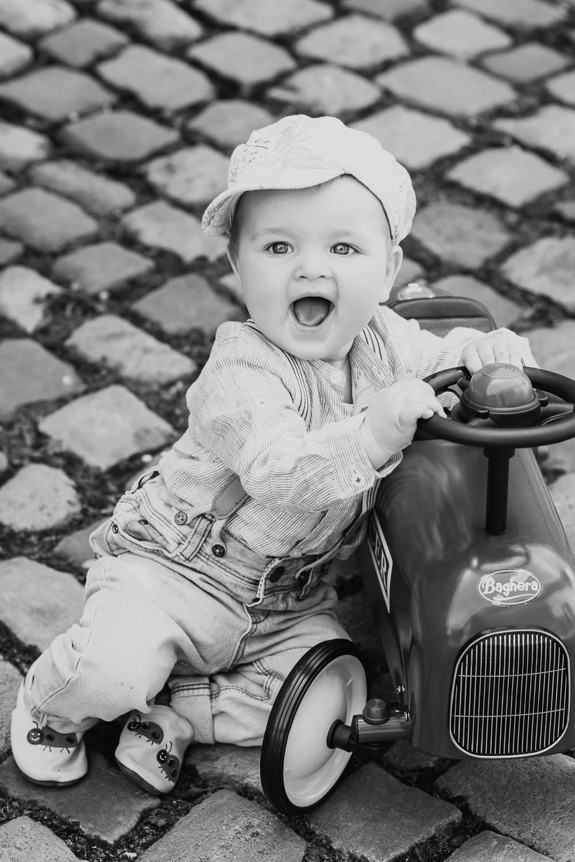 Baby-Fotos-VintageStil-Kinderfotografie-Trier-9