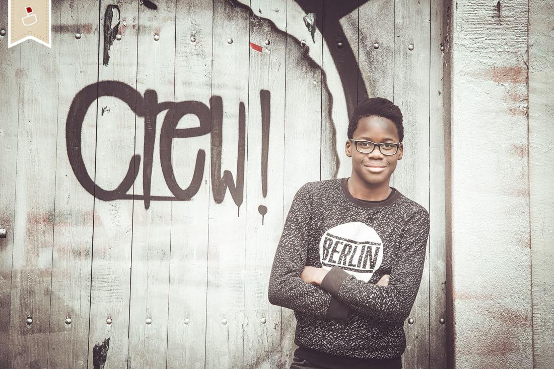 Teenager-Geschwister-Fotoshooting-Modern-Grafitti-Trier02