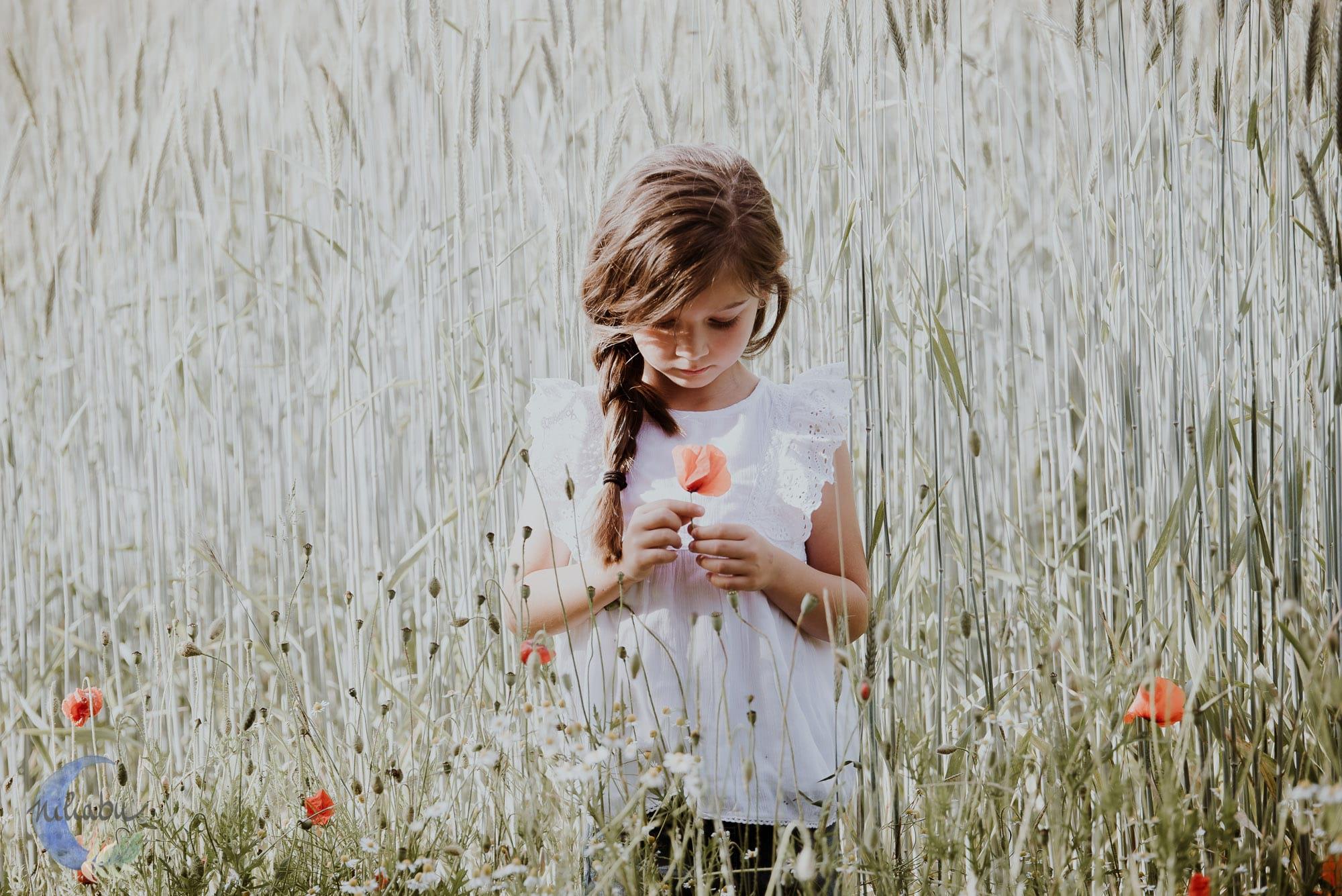 Kinderfotografin-Trier-Kornfeld-Blumenwiese-20