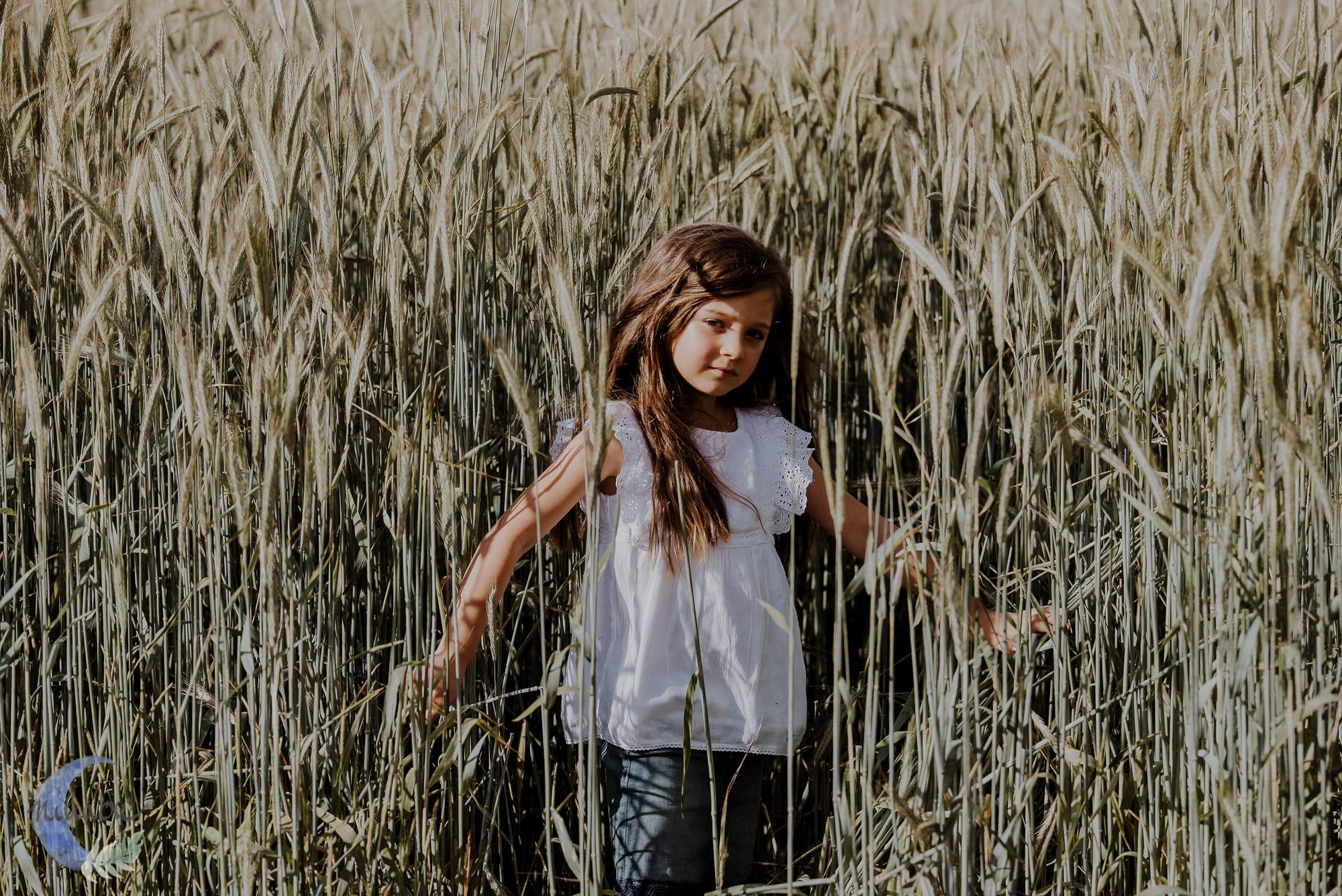 Kinderfotografin-Trier-Kornfeld-Blumenwiese-29