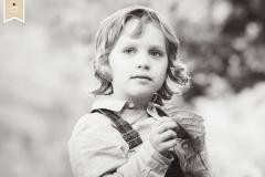 Besondere-Romantische-Verträumte-Kinder-Fotoshoot-Fotograf-Trier09