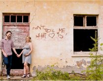 Don`t tell me what love is – Babybauch Fotografie in Trier